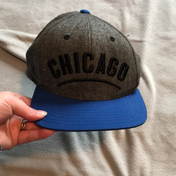 Chicago Cubs flat bill hat. MUST BUNDLE 3+!!. M 5acd1e1c84b5ce45ff648c06 2d9997cb2e0d